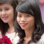 Portrait of students in Hanoï , Vietnam - Portraits d'étudiantes